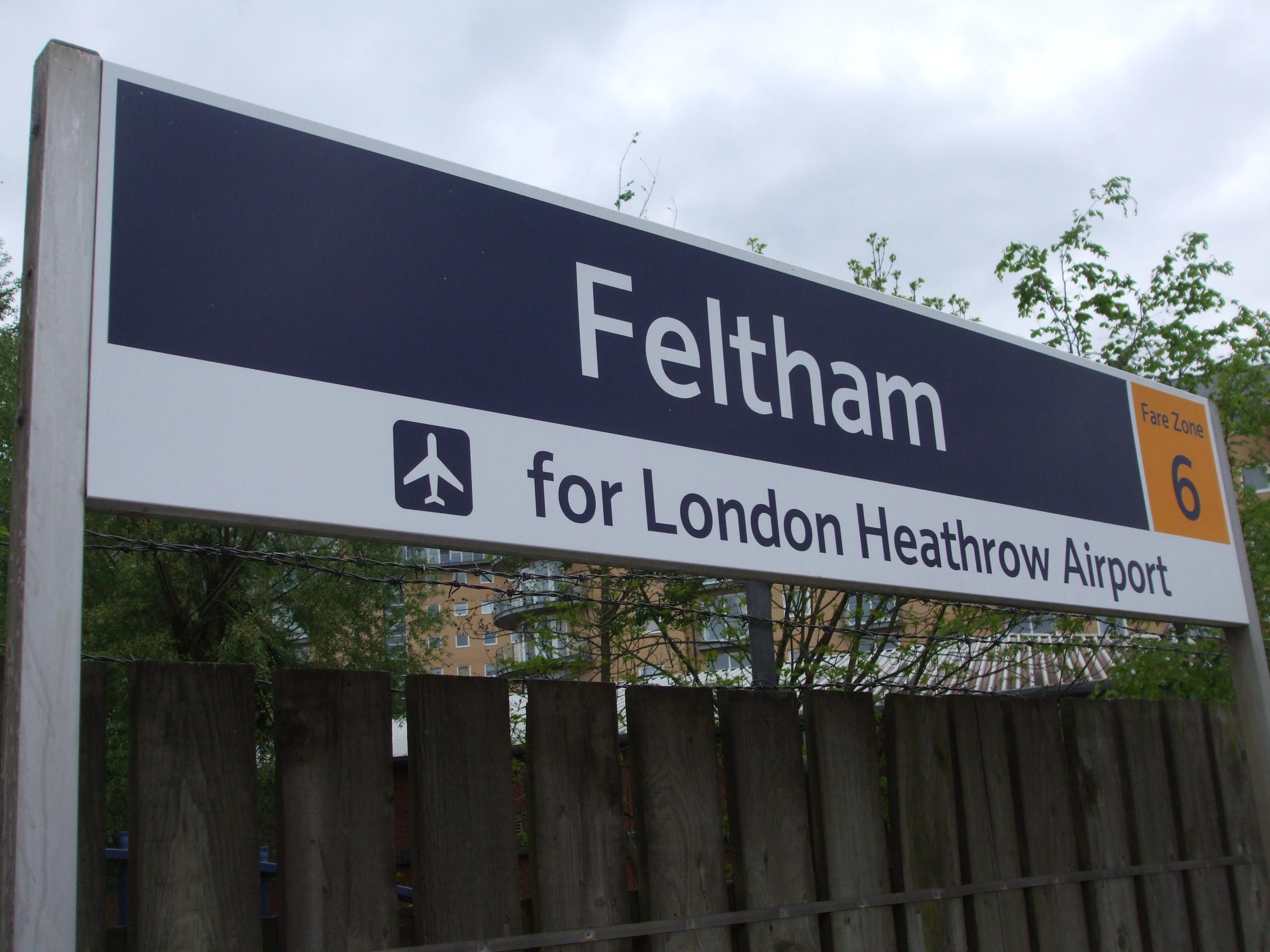 Feltham_station_signage_2010