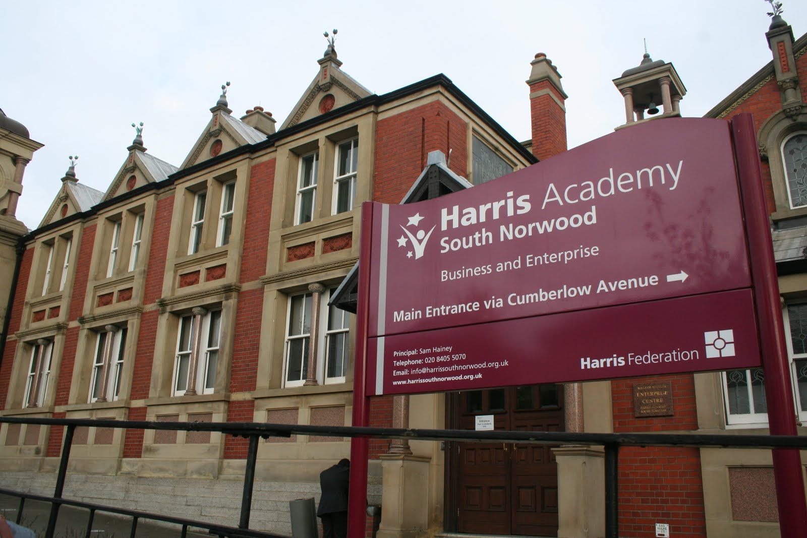 Harris_Academy_South_Norwood