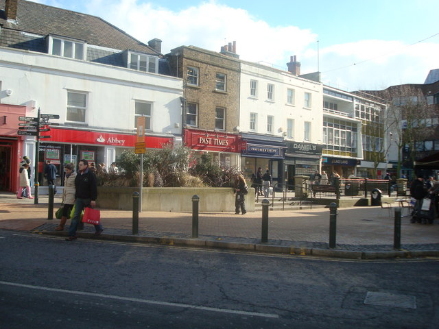 Market_Square,_Bromley_-_geograph.org.uk_-_1162719
