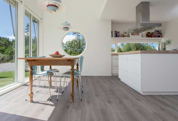 sales-ofgrey-and-white-flooring-soar